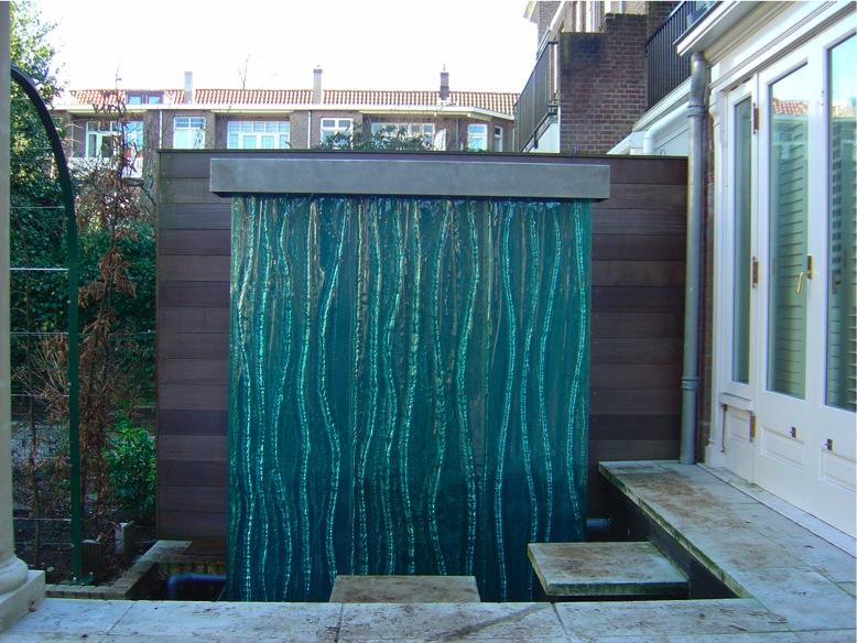 Glass sculpture for Glass waterfall design